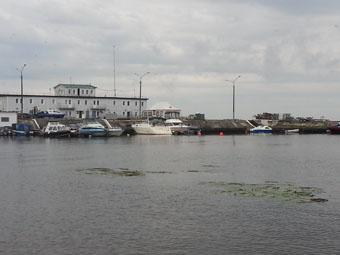 Пока Рубцовск страдает от дождливого лета, на Севере России люди страдают от аномальной жары, в Архангельске даже зацвела Северная Двина